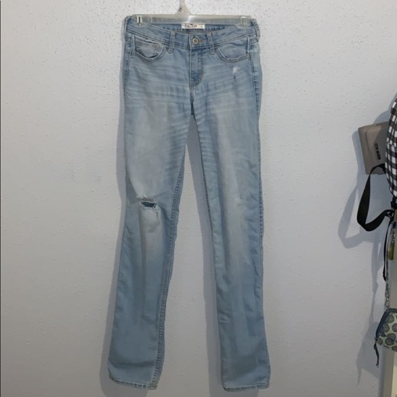 excellent quality unique design release date NEW Hollister Ripped Mom Jeans (size 1/24)
